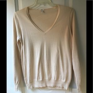 🌻J Crew V neck lightweight sweater